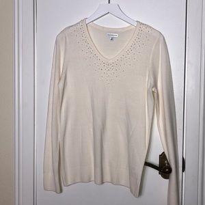 Croft & Barrow cream colored sweater size Med.